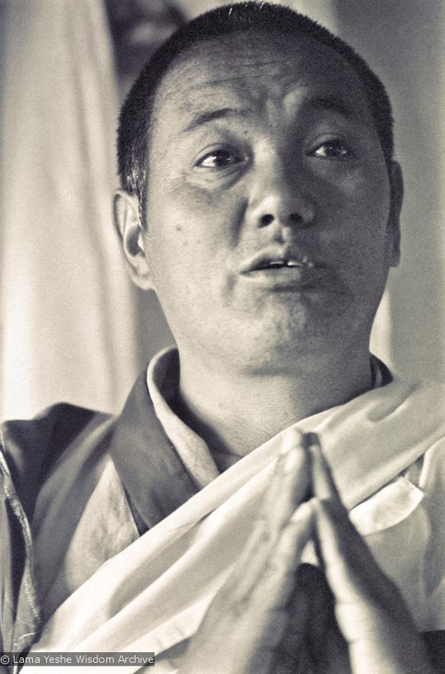 Lama Thubten Yeshe L'ambiente occidentale offre tantissime condizioni di sofferenza che agiscono come causa per realizzare la Bodhicitta