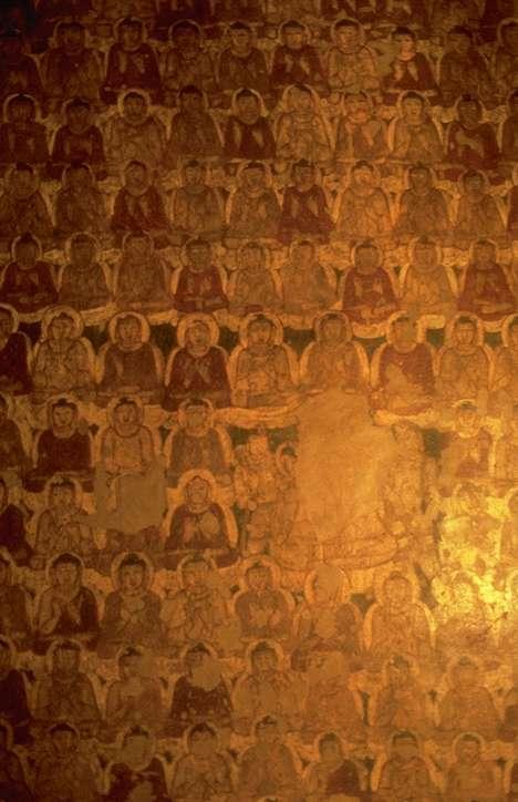 """Buddha Sakyamuni, Il Sutra del Diamante: Il Bhagavan rispose: """" Subhuti, colui che è entrato correttamente nel sentiero del bodhisattva dovrebbe generare la mente pensando questo: 'Farò in modo che tutti gli esseri senzienti passino completamente oltre il dolore, nel reame del nirvana senza residuo di aggregati."""