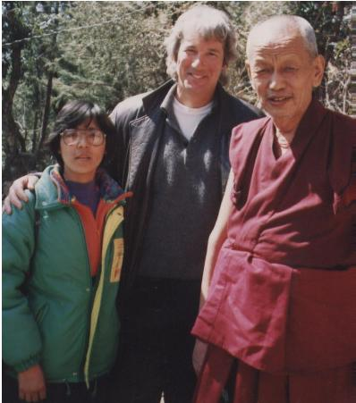 Il Ven. Ghesce Yesce Tobten, Richard Gere e Dechen Dolkar Presidente dell'Associazione Donne Tibetane in Italia.