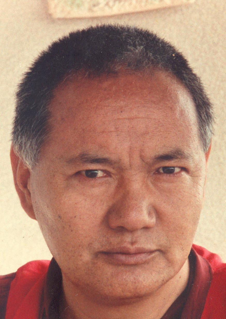 """Lama Yesce: """"Per praticare l'insegnamento del sentiero graduale, eliminate l'arroganza""""."""