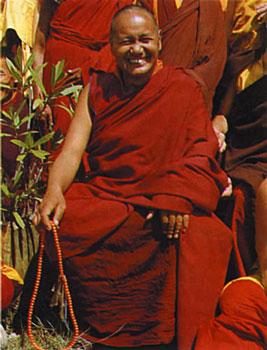 Lama Yesce: Il Karma non è semplicemente una sorta di irrilevante teoria; il karma sono le quotidiane percezioni che formano la nostra vita, tutto qui.