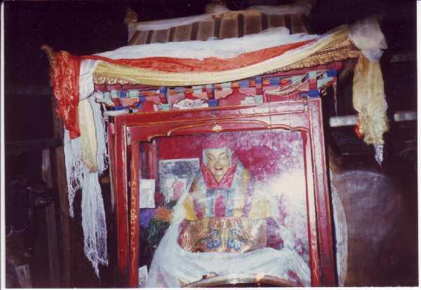 Lama Atisha: Finché non siete padroni di voi stessi, non potrete conquistare gli altri, perciò, per prima cosa, dominate voi stessi.