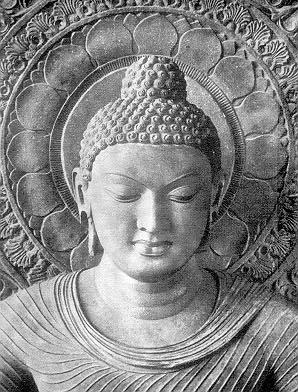 """Il Buddha dice a Patachara: """"Pensi che sia la prima volta che piangi per la morte di qualcuno? Ti è successo moltissime volte, talmente tante che per accogliere le tue lacrime non basterebbero i quattro oceani""""."""