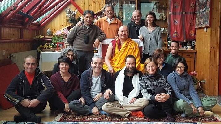 Ven. Ghesce Tenzin Tenphel: Prima d'addormentarvi, meditate per alcuni minuti. Riflettete sui vostri pensieri.