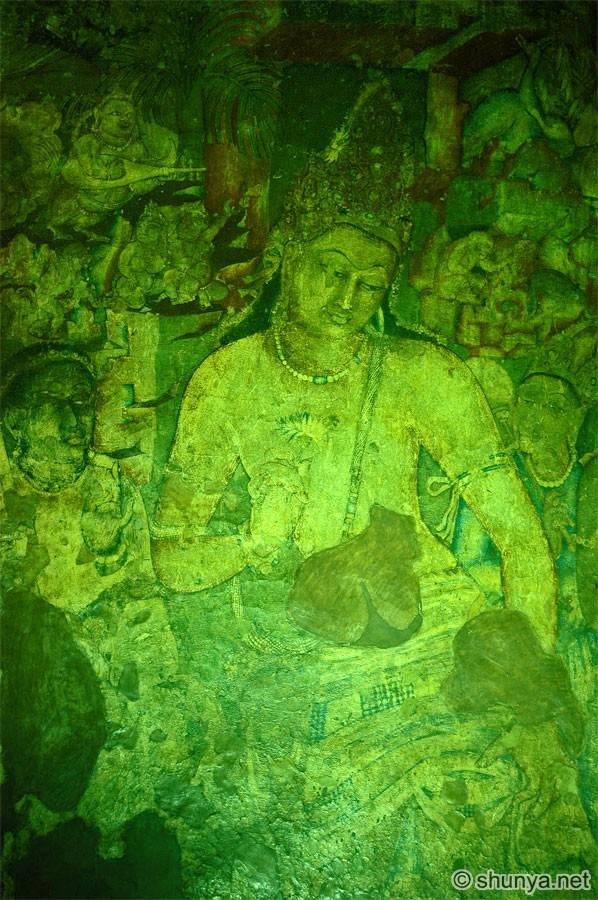 """Le persone mature possono equilibrare in sé tutti e tre gli approcci, sia praticando un """"Dharma alla leggera"""" soltanto per questa vita, oppure il """"vero Dharma"""" (quello autentico e tradizionale) per ottenere la liberazione dalle rinascite e l'illuminazione."""