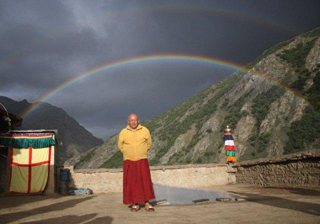 Sua Santità Drikung Kyabgon Chetsang Rinpoche: Il pericolo è che il praticante pensi ancora una volta di essere arrivato al traguardo finale quando, in realtà, c'è ancora un lungo cammino.