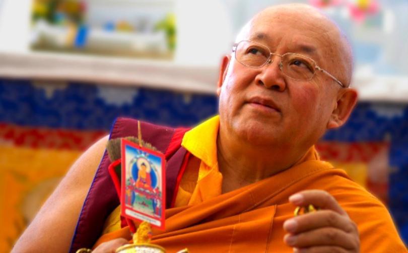 Sua Santità Drikung Kyabgon Chetsang Rinpoche: Una volta che abbiamo imparato a conoscere la natura dei concetti, la realtà dietro di loro, ne saremo meno disturbati e arriveremo al punto di non doverli eliminare.