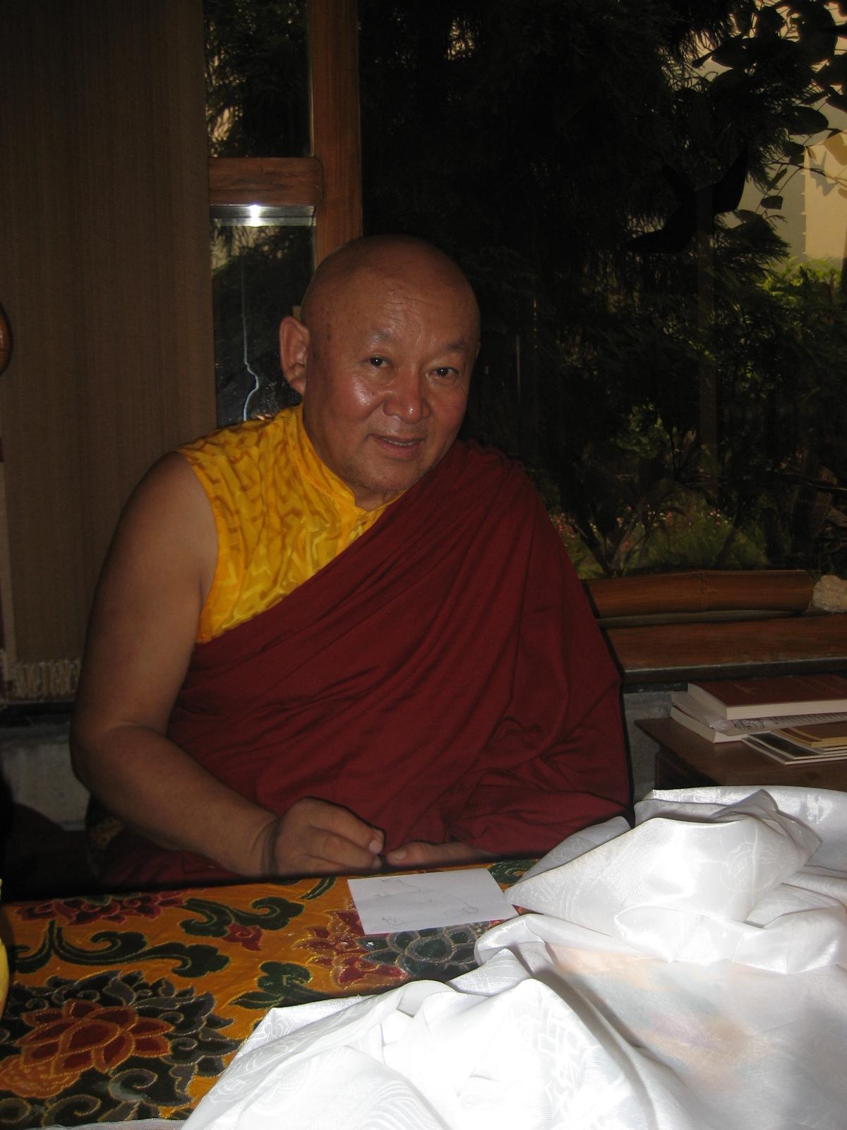 Sua Santità Drikung Kyabgon Chetsang Rinpoche: Entrambe le parti sono assolutamente necessarie: le benedizioni degli esseri illuminati e la nostra ricettività.
