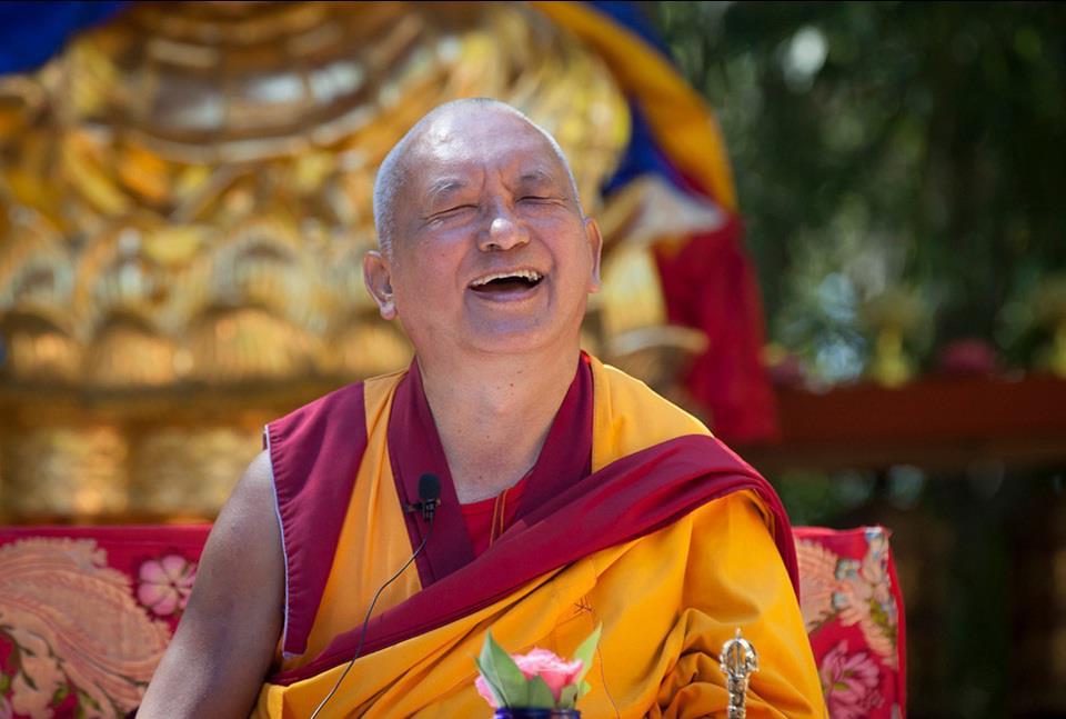 Lama Thubten Zopa Rimpoché: Applicate la trasformazione del pensiero, anche quando i pensieri inquietanti sorgono in una maniera incontrollabile.