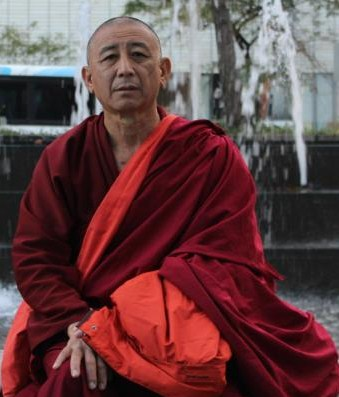 Ven. Geshe Thubten Soepa: If someone kills living beings for the sake of money or purchases and eats the meat out of a desire to indulge, this goes against the practice of compassion.