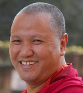 Ven.Sangye Nyenpa Rinpoce: Il nostro maggior ostacolo è il nostro ego, e,finchéci incatenerà, non ci sarà libertà, gioia, soddisfazione