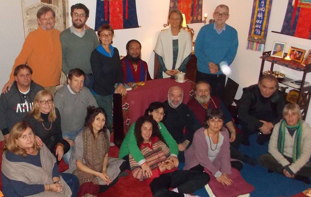 Gheshe Choekhortshang Rinpoche: Consiglio di praticare costantemente ma non troppo intensamente.