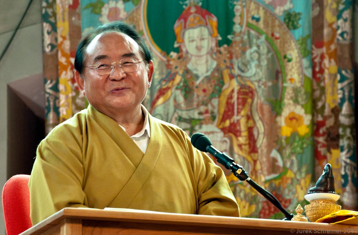 Sogyal Rinpoche: Forse la ragione più profonda che ci fa temere la morte è il non sapere chi siamo.