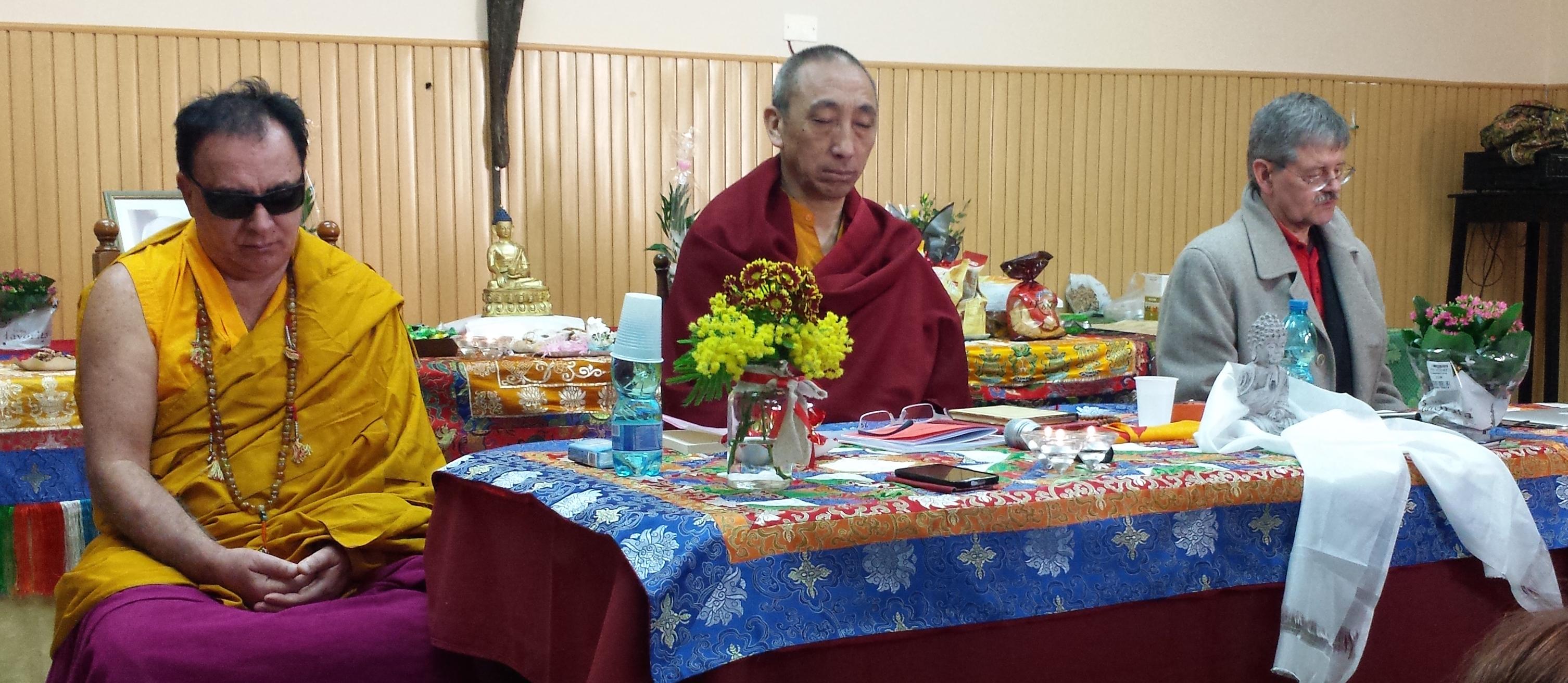 Ven Ghesce Gendun Tarchin: Quando ci troviamo in un incontro di Dharma dobbiamo avere la mente di gioia.