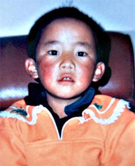 gedhun-choekyi-nyima-11c2b0-panchen-lama-sequestrato-da-14-anni-con-tutta-la-sua-famiglia-dalle-autorita-cinesi