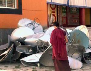Sono ormai migliaia le antenne satellitari sequestrate ai tibetani dalla polizia cinese