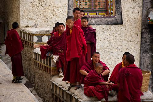 I tibetani hanno dimostrato per ricordare gli anniversari della cacciata in esilio del Dalai Lama