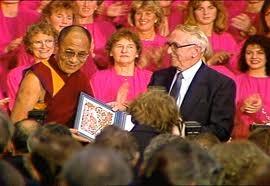 Il Premio Nobel al Dalai Lama