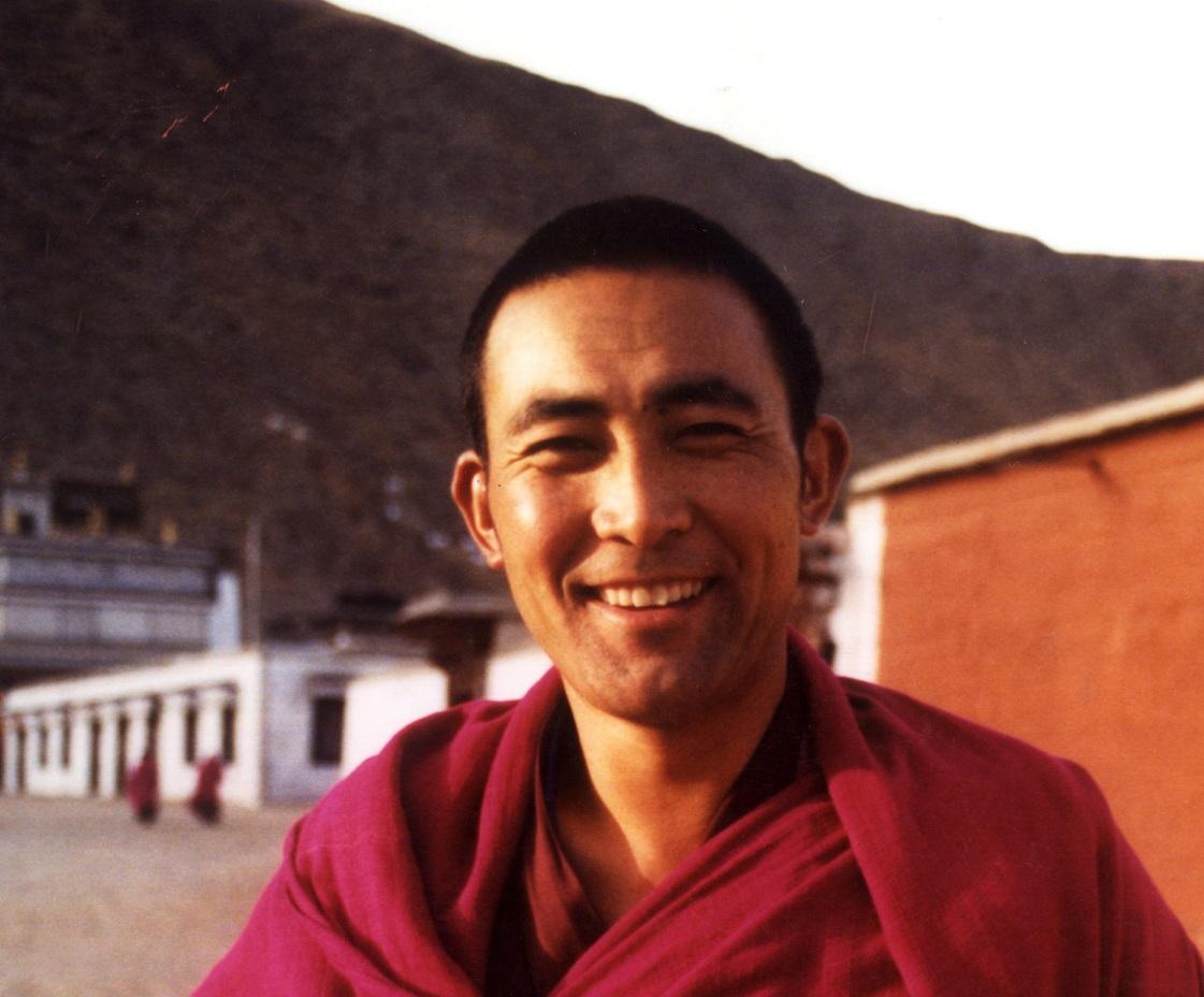 Il monaco tibetano Jamyang Jinpa morto recentemente a seguito delle percosse e torture dalla polizia cinese. Il 9 aprile 2008 aveva denunciato a un gruppo di giornalisti stranieri, in Tibet la soppressione dei diritti umani e della libertà religiosa.
