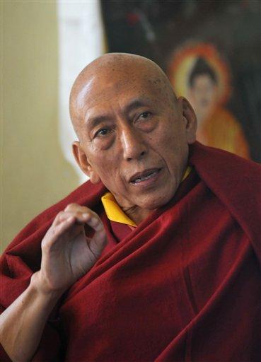 """Samdhong Rinpoche: """"La campagna di repressione del Tibet continua senza sosta. Sono 60 anni che massacrano la regione, ma noi speriamo che un giorno il nostro spirito possa tornare libero""""."""