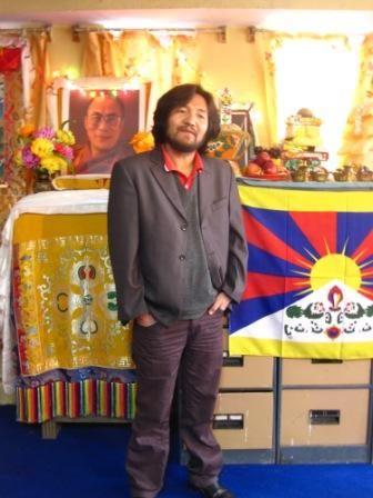 Lukar Jam ha passato diversi anni in una galera cinese per aver fatto parte di un'organizzazione contraria alle atrocità di Pechino nella regione