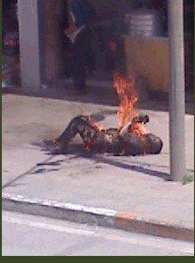 Tsewang Norbu in fiamme