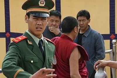 In Tibet continua senza sosta l'arresto di monaci fedeli al Dalai Lama