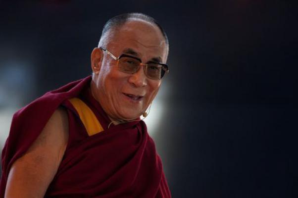 Sua Santitàil Dalai Lama ha affermato che la sua incarnazione è solo un suo affare personale e nessuno può interferirvi.