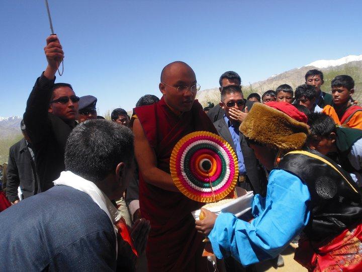 Sua Santità il Karmapa partecipa in Ladakh India ad una commemorazione dei martiri in Tibet