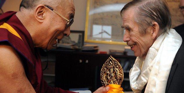Il recente incontro di Sua Santità il Dalai Lama con Vlakav Havel