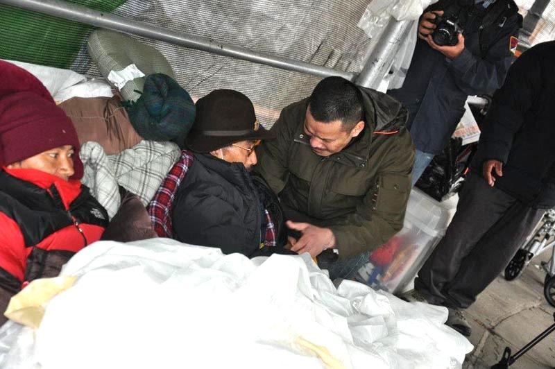 Dorjee Gyalpo, cinquantanove anni, il digiunatore ricoverato in ospedale.