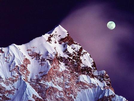 moon-himalaya