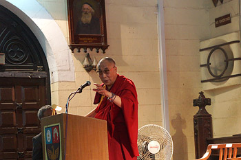 His Holiness the Dalai Lama speaking at St Xavier's College in Mumbai, India, on January 23, 2013. Photo/Jeremy Russell/OHHDL