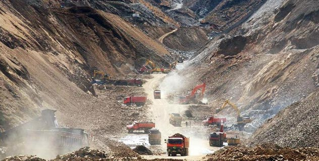 Large-scale mineral resource extraction in the Gyama valley.