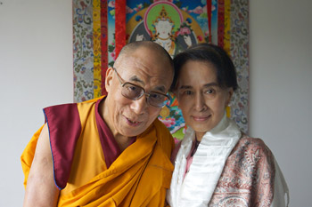 His Holiness the Dalai Lama and fellow Nobel Peace Laureate Aung San Suu Kyi during their meeting in Prague, Czech Republic on September 15, 2013. Photo/Jeremy Russell/OHHDL