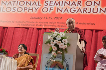 His Holiness the Dalai Lama speaking at the inauguration of the National Seminar on the Philosophy of Nagarjuna at Pt. Ravishankar Shulkla University in Raipur, Chattisgarh on January 13, 2014. Photo/Tenzin Choejor/OHHDL