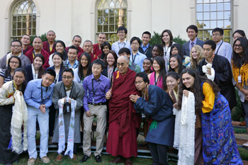 His Holiness the Dalai Lama with China-Tibet Initiative members after their meeting at Emory University in Atlanta, Georgia on October 9, 2013. Photo/Jeremy Russell/OHHDL