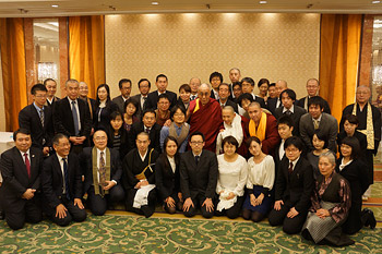 His Holiness the Dalai Lama with participants in a meeting with Japanese scholars of Tibetan Studies in Tokyo, Japan on November 19, 2013. Photo/Jeremy Russell/OHHDL