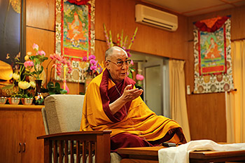 His Holiness the Dalai Lama speaking to a group from Vietnam at his residence in Dharamsala, India on November 7, 2013. Photo/Dang Tran Dung