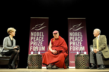 His Holiness the Dalai Lama answering questions from the audience during the 26th annual Nobel Peace Prize Forum at the Minneapolis Convention Center in Minneapolis, Minnesota on March 1, 2014. Photo/Sonam Zoksang