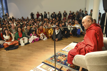 His Holiness the Dalai Lama addressing members of the local Tibetan community at the Museum for Modern Art in Frankfurt, Germany on May 15, 2014. Photo/Manuel Bauer