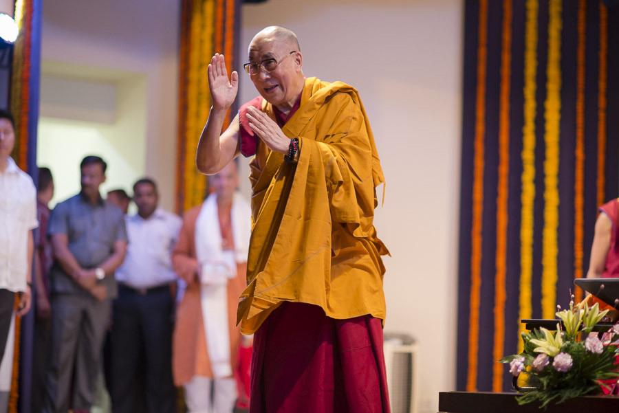Sua Santità il Dalai Lama mette in guardia dal praticare culti devianti.