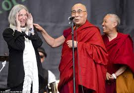 dalai_lama_glastonbury