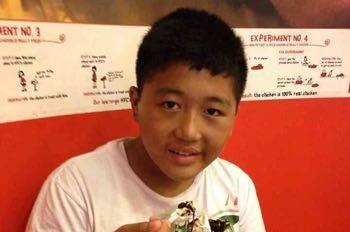 È morto Dorjee Tsering, il 16enne che si è dato fuoco per protestare contro l'occupazione cinese del Tibet.