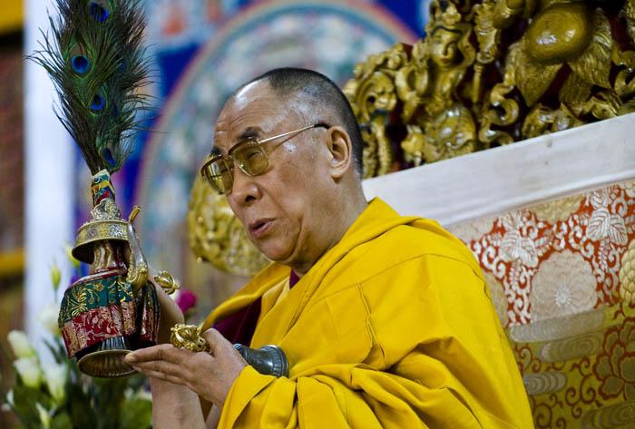 """Sua santità il Dalai lama: """"Quando recitiate la presa di rifugio e di Bodhicitta, entrate veramente nella condizione del viandante sulla via dell'illuminazione""""."""