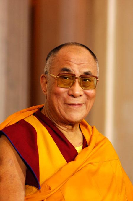"""Sua Santità il Dalai Lama: """"La fede religiosa deve essere basata su motivazioni razionali""""."""