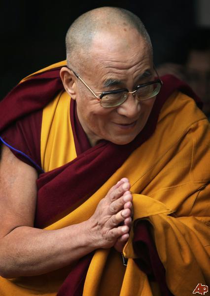 """Sua santità il Dalai Lama: """"L'occhio che vede la  natura profonda dei fenomeni è il sentiero che elimina completamente l'esistenza ciclica""""."""