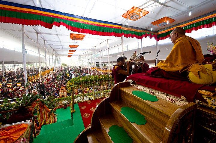 Sua Santitàil Dalai Lama: La vera puja di lunga vita è la meditazione di bodhicitta
