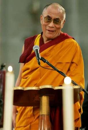 Sua Santità il Dalai Lama: Sono l'affetto e la compassione la chiave della felicità.