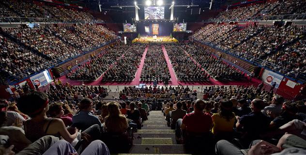 Sua Santità il Dalai Lama: Noi dobbiamo essere buddhisti del 21° secolo. Ovvero la nostra pratica deve basarsi su una comprensione profonda.
